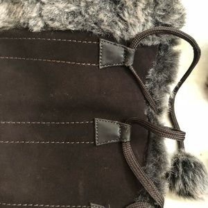 Sporto Shoes - Sports Meagan Black Boot with Faux Fur and Pom Pom